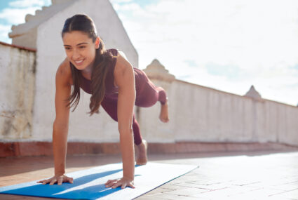 5 Beginner Workout Mistakes a Trainer Is Begging You To Stop Making