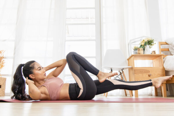 The 'Core-4' Moves Are Beginner-Friendly Abs Work That You Can Do Anywhere, Anytime