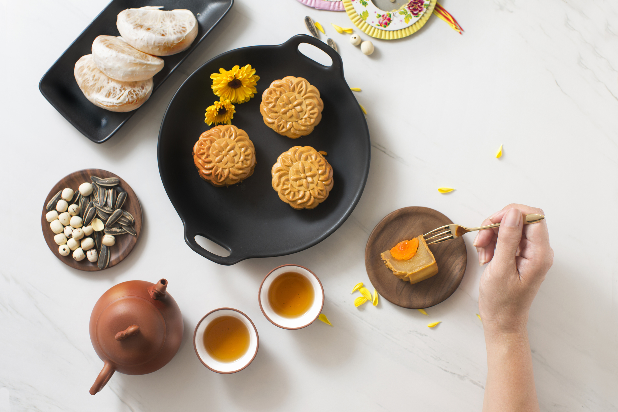 Thumbnail for Ring in the Lunar New Year With This Delicious Chinese Mooncake Recipe