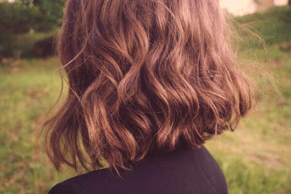 7 of the Best Dry Scalp Treatments To Apply for Winter Itchiness