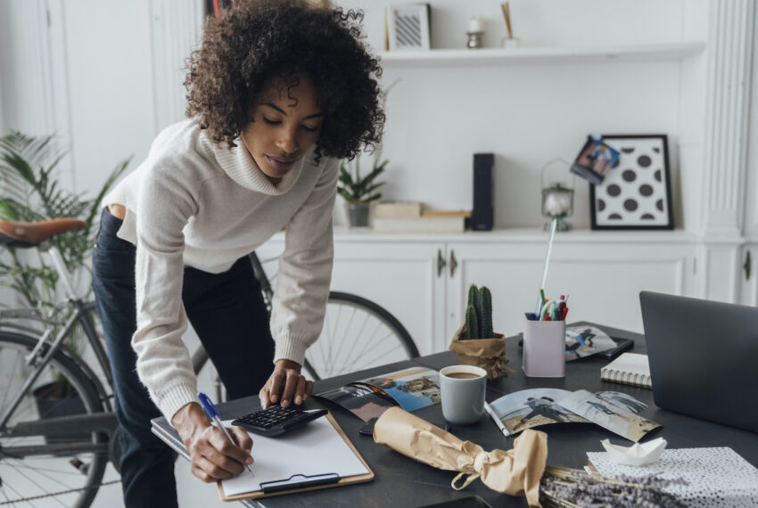 I'm a Financial Advisor, and These Are My Top 3 Tips for Sticking To Your Financial-Health Goals in 2021