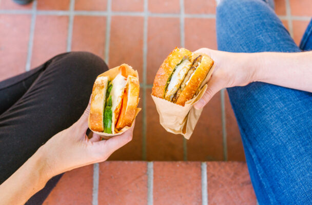 The Best Ways To Enjoy the 'Meatless Mondays' Deal at Starbucks, According to Dietitians