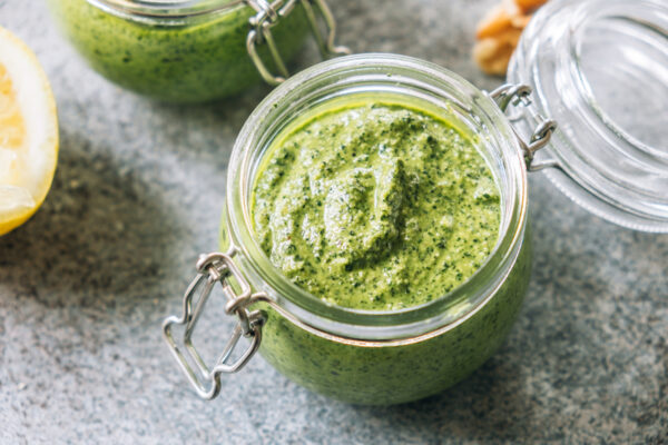 This 5-Minute Pesto Recipe Is So Delicious You May Never Buy Ready-Made Sauce Again