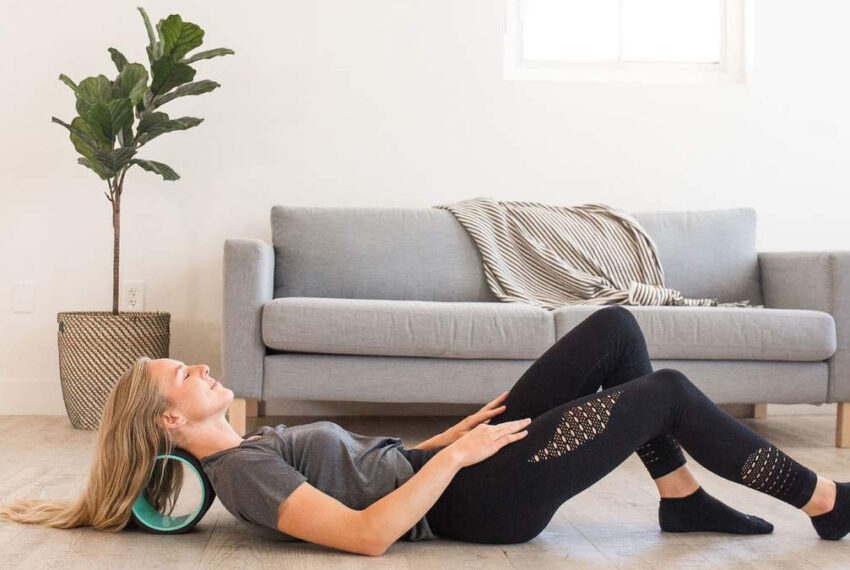 'I'm a Chiropractor, and These Are My Honest Thoughts About the Buzzy Chirp Wheel Posture Corrector'
