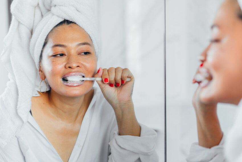 'I'm a Cosmetic Dentist, and This Is My 5-Step Nightly Oral Care Routine'