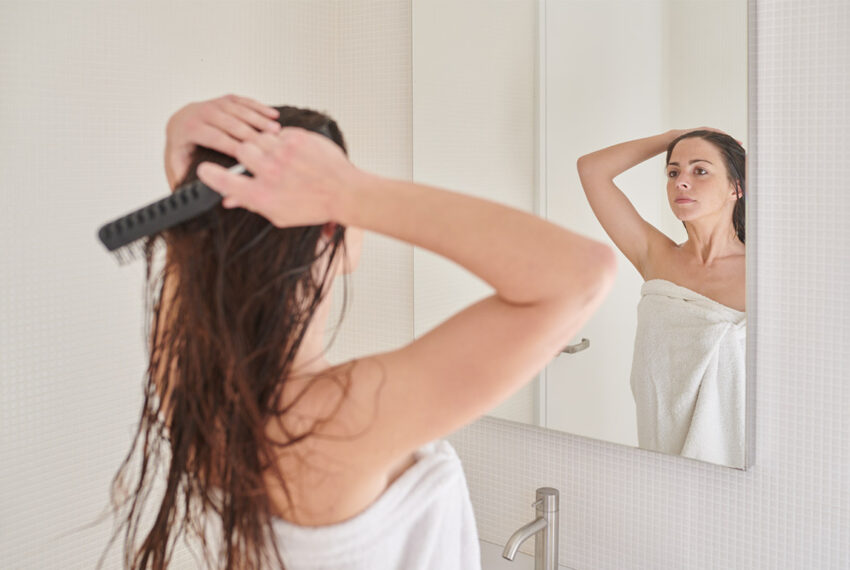 Detangle Any Hair Type With These Same 5 Steps
