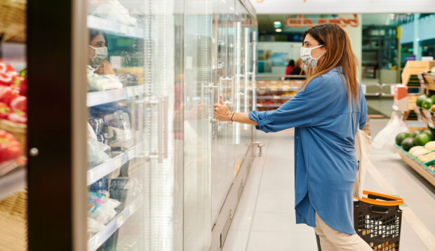 5 Tips for Eating Healthy on a Budget, According to a Functional Medicine Doctor