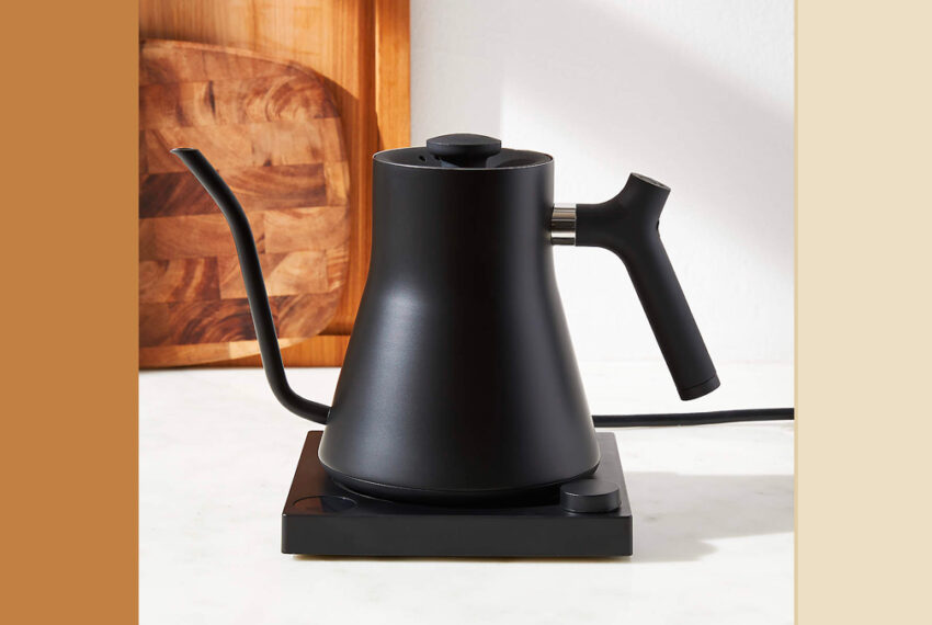 'I'm a Tea Expert, and This Is My Favorite Tea Kettle for the Perfect Temperature Every Time'
