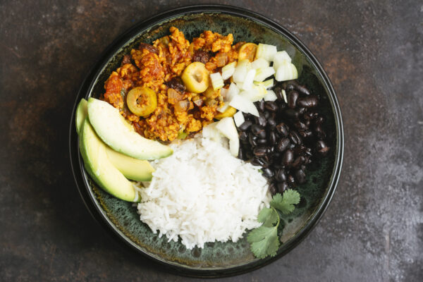 The High-Protein Plant-Based Meal To 'Save the World,' According to a Longevity Expert