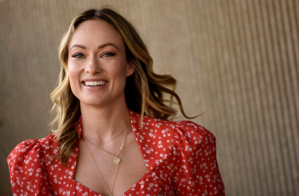 The Ingenious Serum-Applying Hack We're Stealing From Olivia Wilde