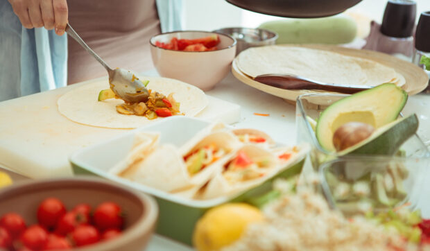 A Registered Dietitian Breaks Down How To Choose Between Corn and Flour Tortillas