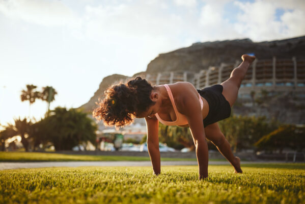 Test Your Strength With This 3-Minute Plank Challenge To Set Your Core on Fire