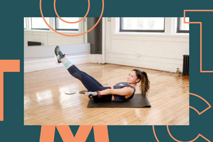 This 15-Minute SLT Slider Workout Is All You Need To Build Upper-Body Stability