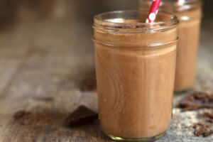 Everything in This Chocolate Peanut Butter Smoothie Is Good For Your Brain