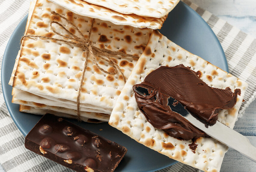 5 Different Matzah Recipes—From Salted Toffee Bars to Nachos