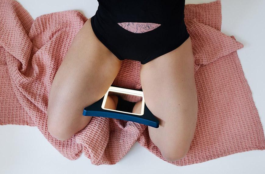 Nyssa VieVision Between Legs Self-Check Mirror