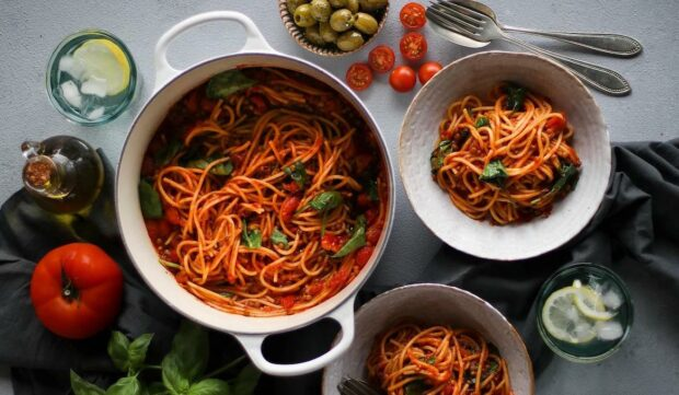 These High-Fiber One-Pot Pasta Recipes Are Gut-Healthy Dinner Winners