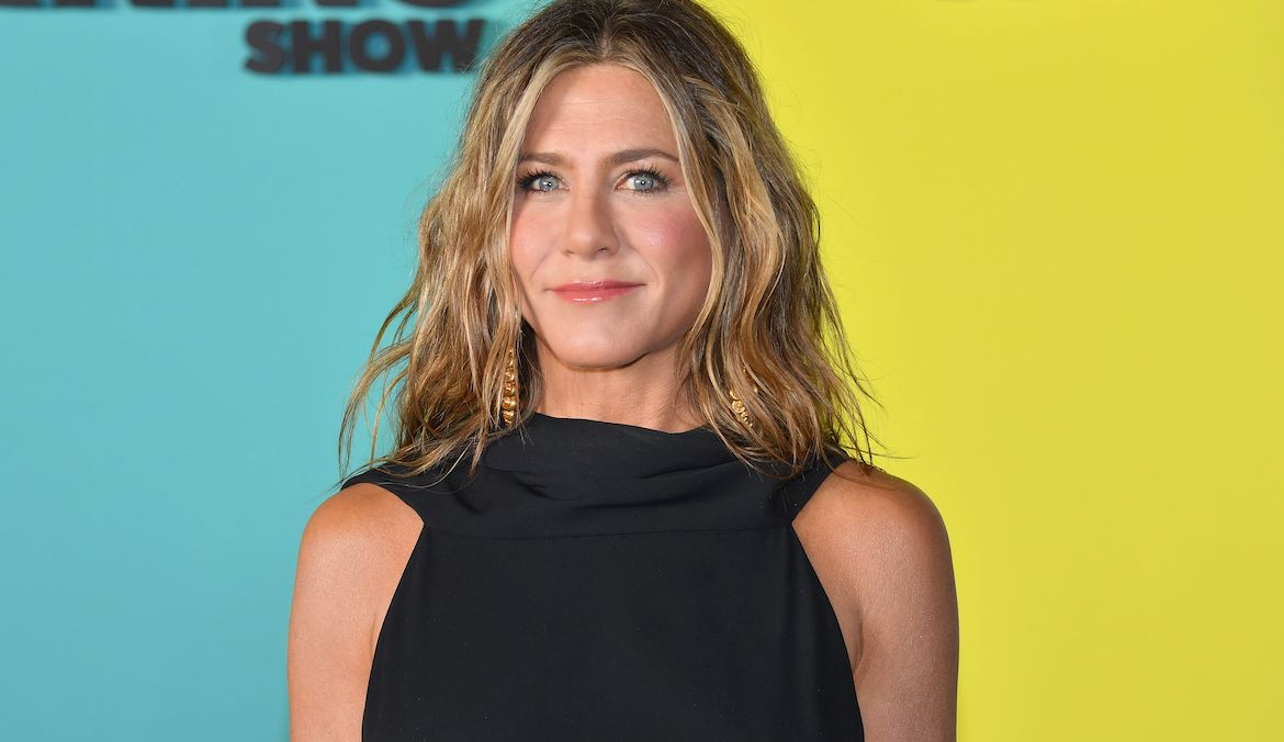 Thumbnail for Ramp Up Your Core Workouts With This Deadbug Variation From Jen Aniston's Trainer