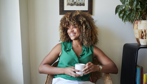 Air Drying Naturally Curly Hair Can Cause a Disrupted Scalp—Here's How To Prevent That