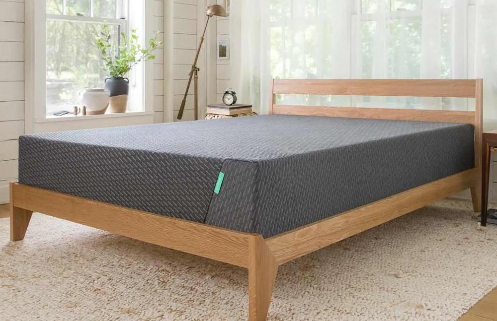Tuft & Needle Mint mattress for back pain