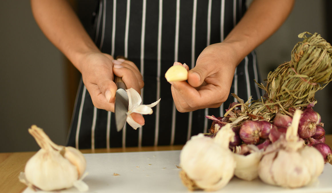 Thumbnail for Here's Why Waiting 10 Minutes to Cook Garlic After It's Chopped Maximizes Its Health Benefits