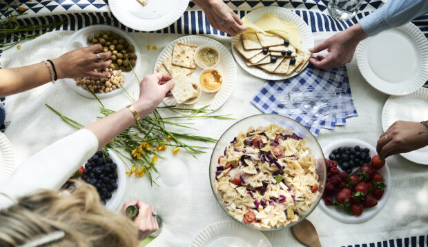 6 Picnic Food Safety Rules Experts Want Everyone To Follow (During COVID and Always)