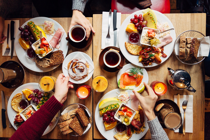 New Study Shows That Those Who Skip Breakfast Are Missing Out on Major Nutrients (and Not Just in the Morning)