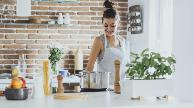 7 Cooking 'Rules' Pro Chefs Are Begging You To Break