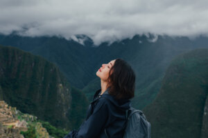 Feeling Brain Fog? Meet the Science-Approved, $0, All-Natural Solution: Hiking