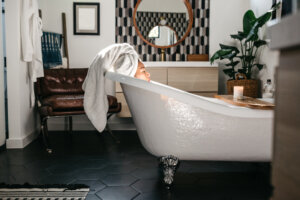 9 Epsom Salts With Essential Oils for an Ultra-Relaxing Soak in the Tub