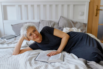 5 Nighttime Habits of the Longest-Living People in the World