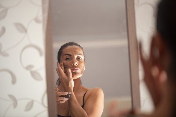 7 Signs Your Skin Is Just Begging for Exfoliation