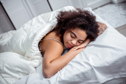 How To Train Yourself To *Not* Sleep on Your Stomach (Because Docs Advise Against It)
