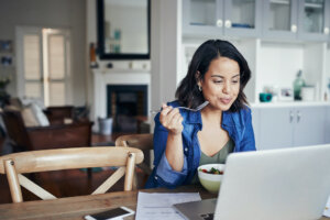 8 Foods to Snack on for Focus and Productivity, According to a Neuroscientist and a Dietitian