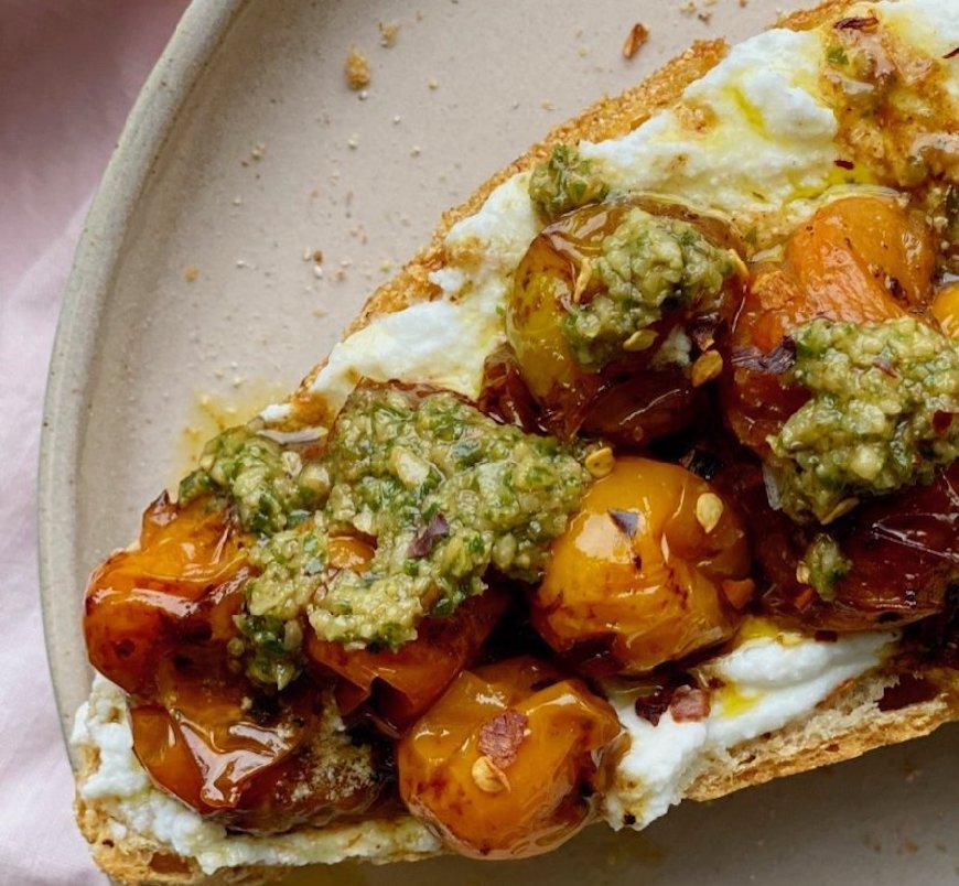 roasted tomato toast