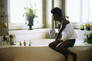 3 Restorative Self-Care Practices That Use Water As the Star Ingredient