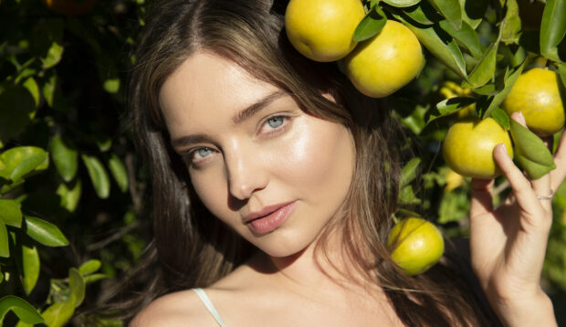 The One Skin-Care Product Miranda Kerr Swears By Since Turning 30