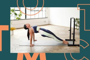 This 20-Minute Classic Barre Workout Works Your Arms, Abs, Glutes, and More