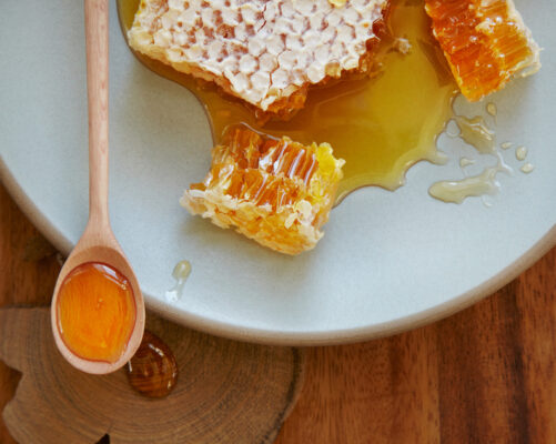 This Type of Honey Is the Sweetest 'Liquid Gold' for the Longest-Living People in the...